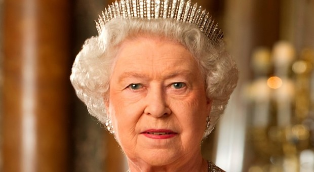 5121023_1755_queen_elizabeth_ii_of_new_zealand_cropped_