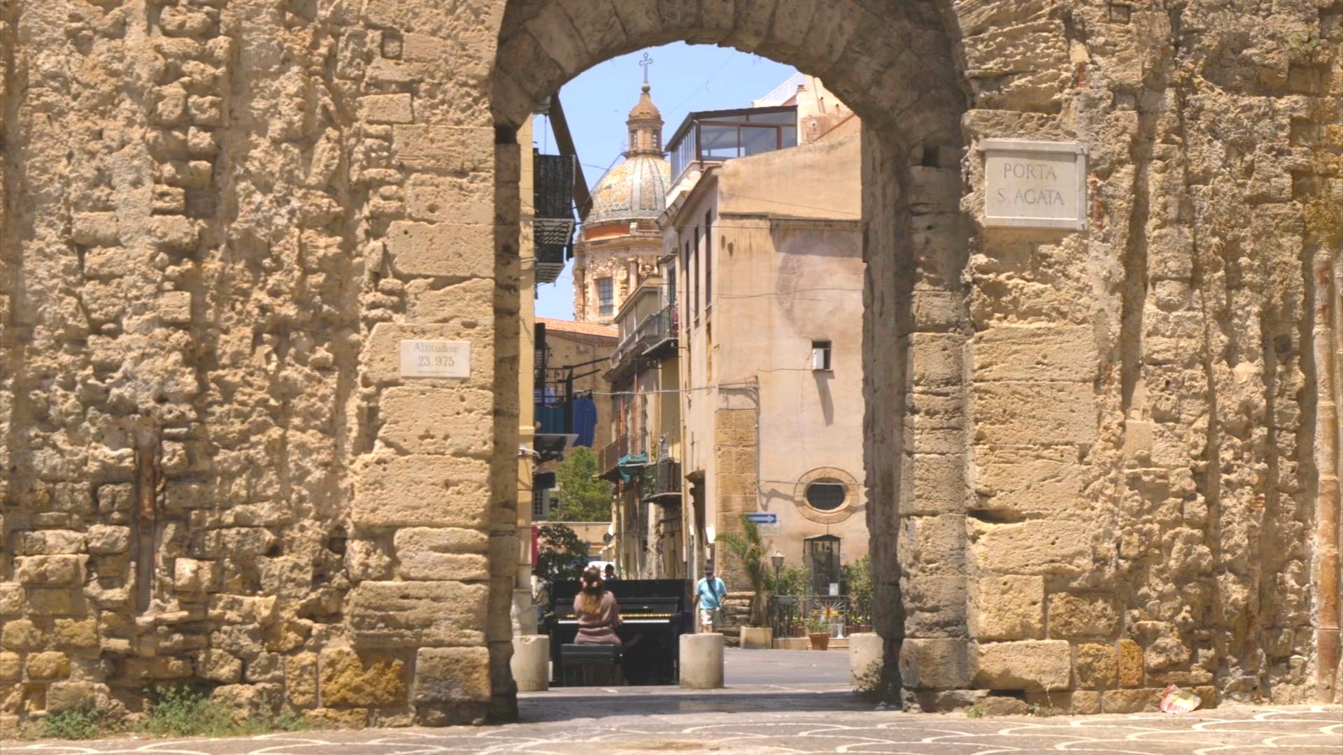 Palermo Sospesa 01
